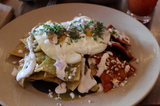 copita_brunch_chilaquiles_divorciados_Sussman.JPG