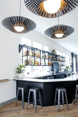 01_black_sands_bar.jpg