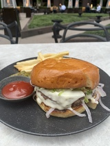 6-vaultgarden-burger.jpg
