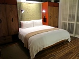9a-h2hotel-bed.jpg