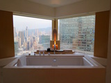2i-hongkong-upperhouse-tub.jpg
